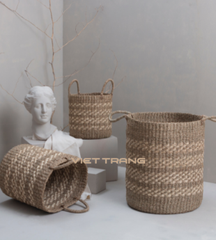 The Studio Seagrass Laundry Basket With Handles 47