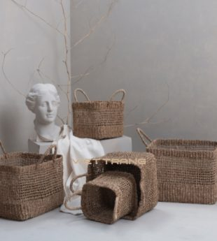The Studio Seagrass Laundry Basket With Handles 14